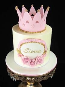 Fondant Crown Template by 25 Best Ideas About Fondant Crown On Princess