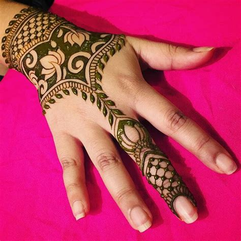 Henna Design Definition | 25 best ideas about lotus henna on pinterest henna