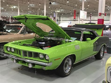 Handgrip Barracuda 1971 plymouth barracuda cuda rotisserie restored 2017 426 hemi manual pistol grip see