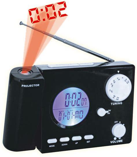 radio reveil eclairage plafond radio avec projection de l heure au plafond