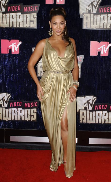 2007 Mtv Awards Performance Pics Celebamour by 2007 Mtv Awards Zimbio