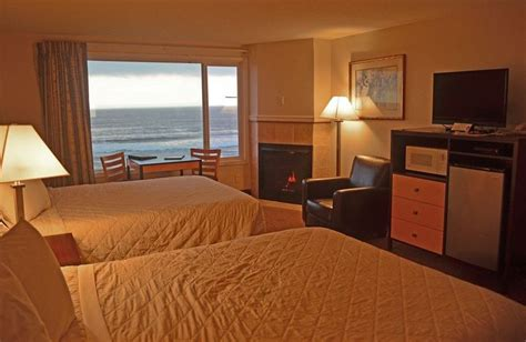 oceanfront hotels lincoln city sailor s oceanfront hotel lincoln city trivago