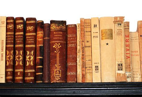bookshelf books and reading