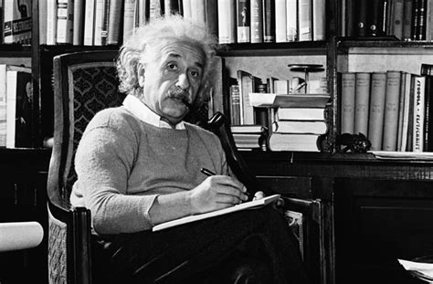 albert einstein easy biography albert einstein a simple biography