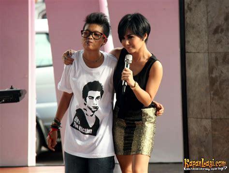 Kaos Bruno Mars 18 foto prihatin fans raffi ahmad pakai kaos dukungan