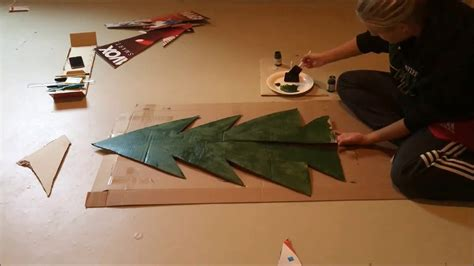 diy cardboard christmas tree video