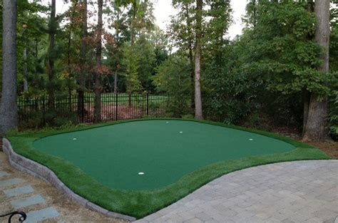 how to make a putting green in your backyard build your own practice green east coast synthetic turf