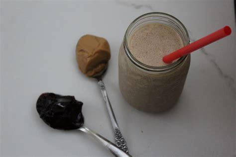 pb j protein shake peanut butter and jelly protein shake itsmyhappyhour