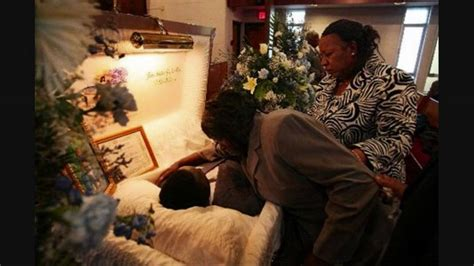 funeral bernie mac august 16 2008 viewing with an open