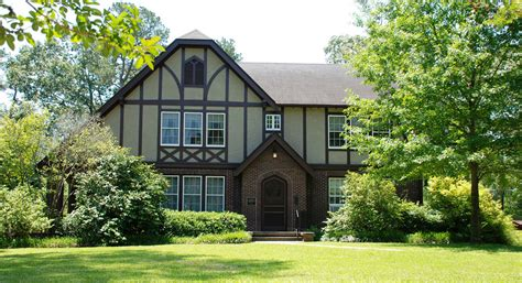 Eudora Welty House by Visiting Eudora Welty S Mississippi Home Here Now