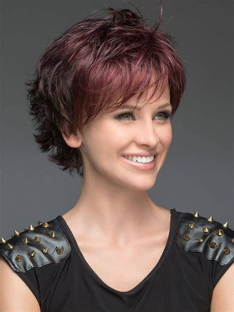 how to spike a short cut best 25 short layered hairstyles ideas on pinterest