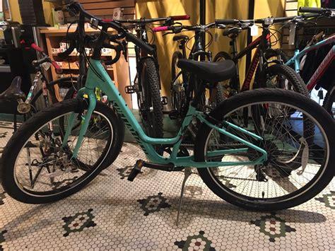 rubber st shop perry rubber bike shop 28 rese 241 as alquiler de