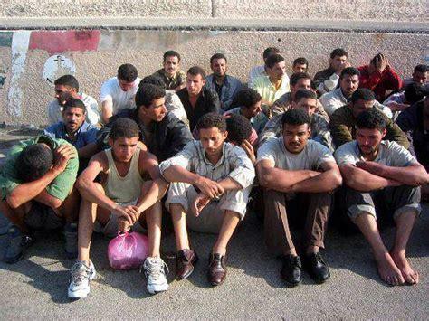 consolato tunisia a immigrazione occupato il consolato tunisino a brescia