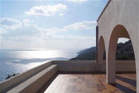 appartamenti in puglia sul mare puglia vendita ville di lusso al mare e appartamenti