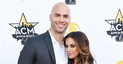 jana ring from micheal ebuzz new us top news photos jana kramer posts cryptic video about cheating us weekly