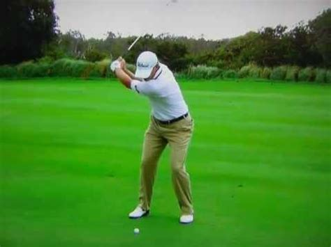 steve stricker wedge swing steve stricker 6 iron slow motion youtube