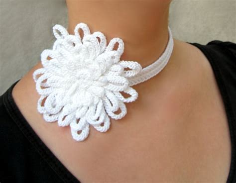 Anting Ke57624 Anting Tassel White 176 best images about crochet necklaces on bead necklaces linen and