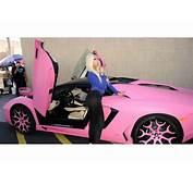 Nicki Minaj Pinta De Rosa Lamborghini Aventador