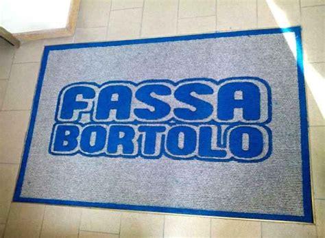 zerbino con logo montecarlo pavimenti treviso zerbini personalizzati con logo