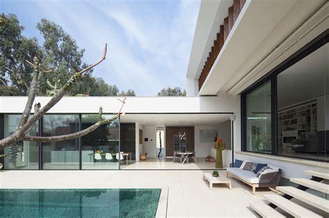 Modern Homes Gallery Of Mediterranean Villa Paz Gersh Architects 9