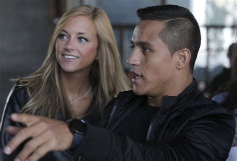 alexis sanchez y laia grassi pic premier league wags special picks tips predictions