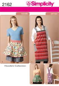 easy simplicity apron pattern simplicity 2162 misses apron and reversible apron sewing