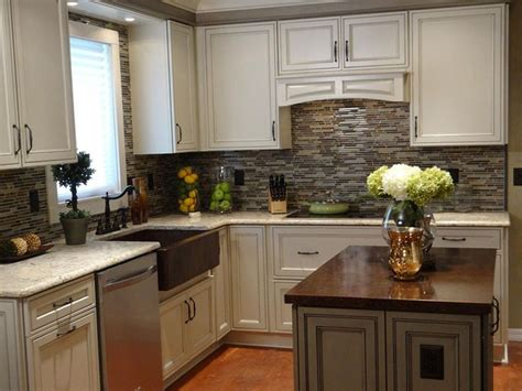 Kitchen Makeover Ideas For Small Kitchen Best 20 Small Kitchen Makeovers Ideas On Pinterest