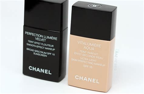 Chanel Perfection Lumiere Velvet Foundation the raeviewer a about luxury and high end cosmetics chanel perfection lumi 232 re velvet