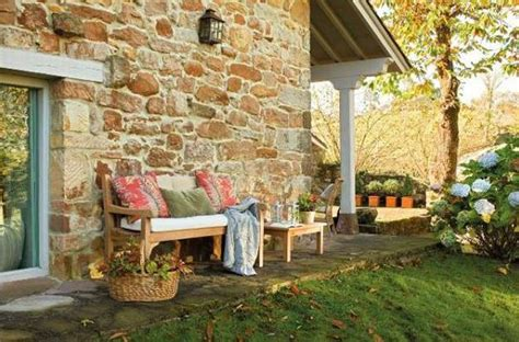 cottage style decor  outdoor home decorating ideas