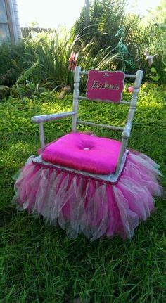 How To Make A Princess Chair by Princess Chair On Painted High Chairs Tangled
