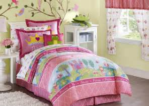 Beautiful colorful girls bedroom bedding idea beautiful king size