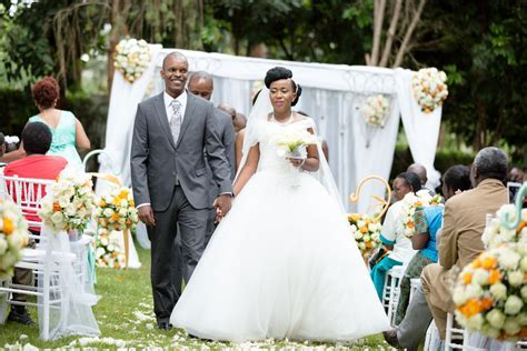 Helen & Victor :: Safari Park Hotel Nairobi Kenyan Wedding