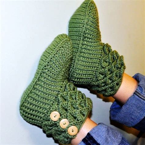 how to crochet slippers for adults free crochet boot patterns for adults crochet crocodile
