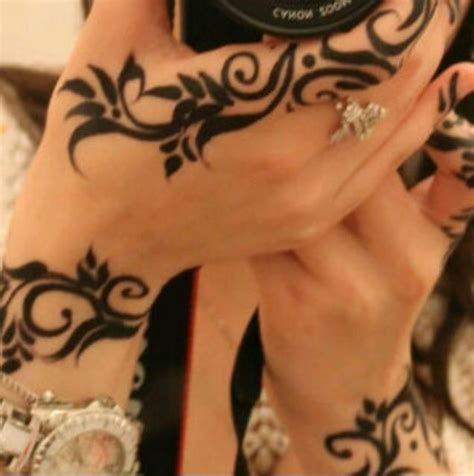 henna looking tattoos 1000 images about henna on henna arabic