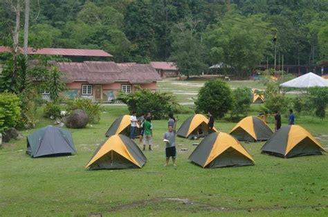 Tenda Anak Cowok april 2012 persatuan pelajar indonesia universiti