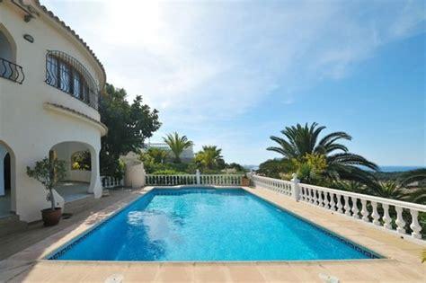 Pool Im Garten Bauen 238 101 bilder pool im garten mediterran pool balustrade