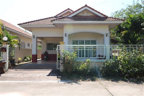 thailand house for sale a beautiful 3 bedroom 2 bathroom with landscaped gardens