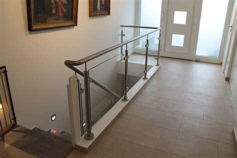 edelstahlgeländer treppenhaus edelstahl treppengel 228 nder mit glasf 252 llungen metallbau