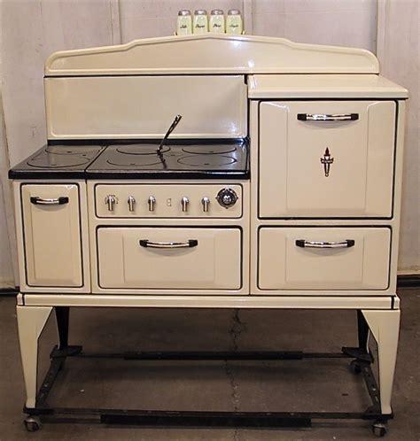 8 best images about microwave on pinterest stove 22 best restored vintage gas ranges images on pinterest