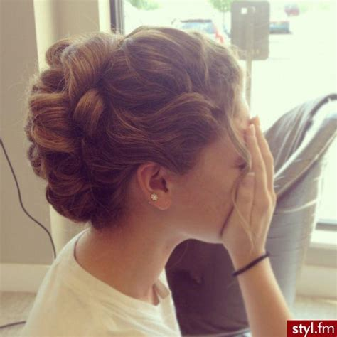 cute hairstyles pulled back cute curled updo hairstyles how to
