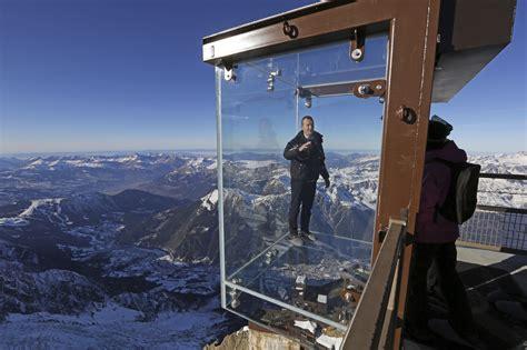 tallest observation decks world s tallest building opens world s highest observation