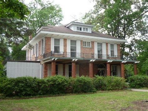 steel magnolias bed and breakfast quot steel magnolias quot house for sale in louisiana squares