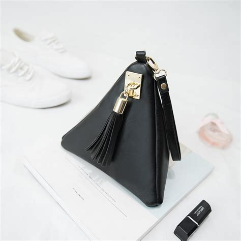 2016 Cosmetic Bag 2016 new designer makeup bags triangle leather cosmetic