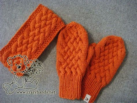 easy mitten knitting pattern the 25 best knit mittens ideas on knitted