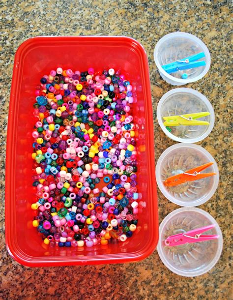 beady bead motor skills activity with mess for less