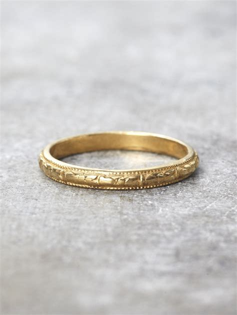 K Antiqueoral Engraved Band  Mm Lunessa