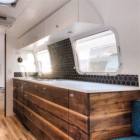 vintage trailer interior lights 1000 ideas about vintage travel trailers on