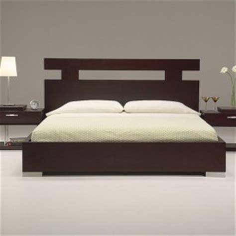 Simple Fancy Modern Bedroom Design with elegant Furniture