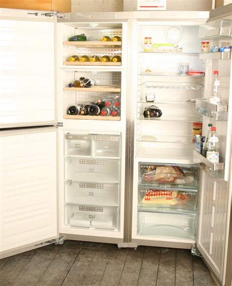 miele kühlschrank mit eiswürfelbereiter miele side by side k 252 hlschrank und ein wein