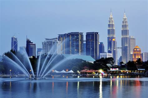 top  destinations  visit  south east asia